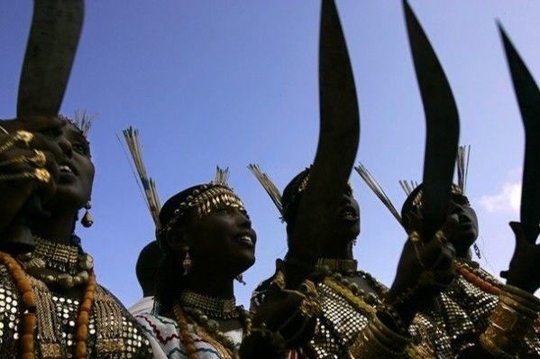 Танец Афарок с мечами